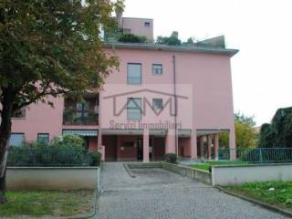 Photo - 2-room flat good condition, first floor, Pessano con Bornago