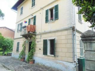 Foto - Palazzo / Stabile tre piani, da ristrutturare, Umbertide