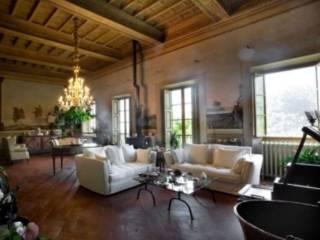 Foto - Palazzo / Stabile due piani, ottimo stato, Pistoia