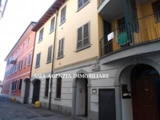 Foto - Bilocale piazza Vittorio Emanuele II, Orzinuovi