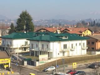 Foto - Quadrilocale via Colli Renato 27, Azzate