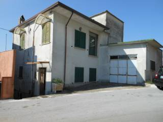 Foto - Casa indipendente 160 mq, buono stato, Capriati a Volturno