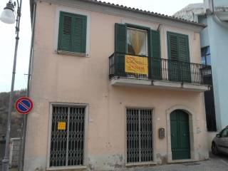 Foto - Casa indipendente piazza Masi Vincenzo, Caposele