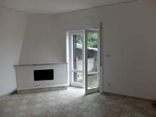 Foto - Villa, da ristrutturare, 80 mq, Ischitella Lido, Castel Volturno