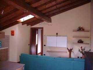 Foto - Bilocale via Oratorio 12, Porchera, Olgiate Molgora