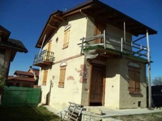Foto - Casa indipendente via Castellar, Rivoira, Boves
