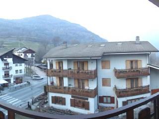 Foto - Trilocale frazione Quincod 166, Challand-Saint-Anselme