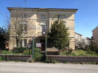 Foto - Palazzo / Stabile via Enrico Ferri 50, San Benedetto Po