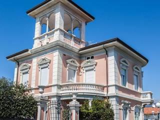 Foto - Palazzo / Stabile via Spinetti 9, Forte dei Marmi