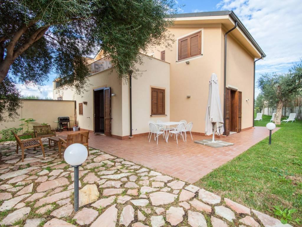 foto  Villa Contrada Cala Rossa, Terrasini