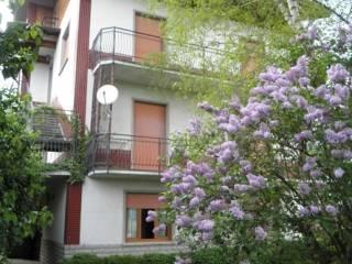 Foto - Palazzo / Stabile via Aldo Moro 4, Rota D'Imagna