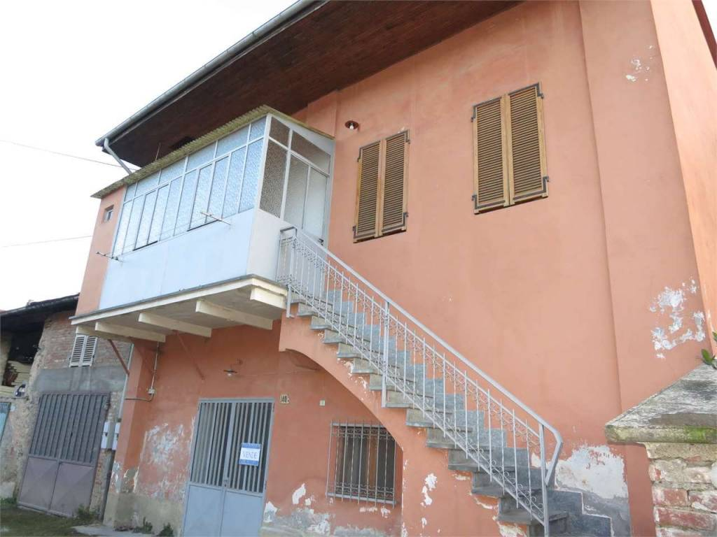 foto  Terratetto unifamiliare 113 mq, buono stato, Boves