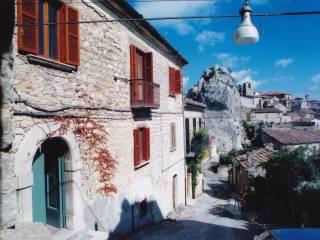 Foto - Casa indipendente via San Lucia 10-11, Castropignano