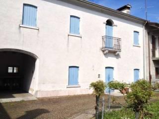 Photo - Terraced house via San Rocco, Moriago della Battaglia