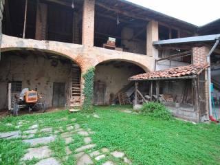 Foto - Rustico / Casale via Torquato Tasso 26, Tradate