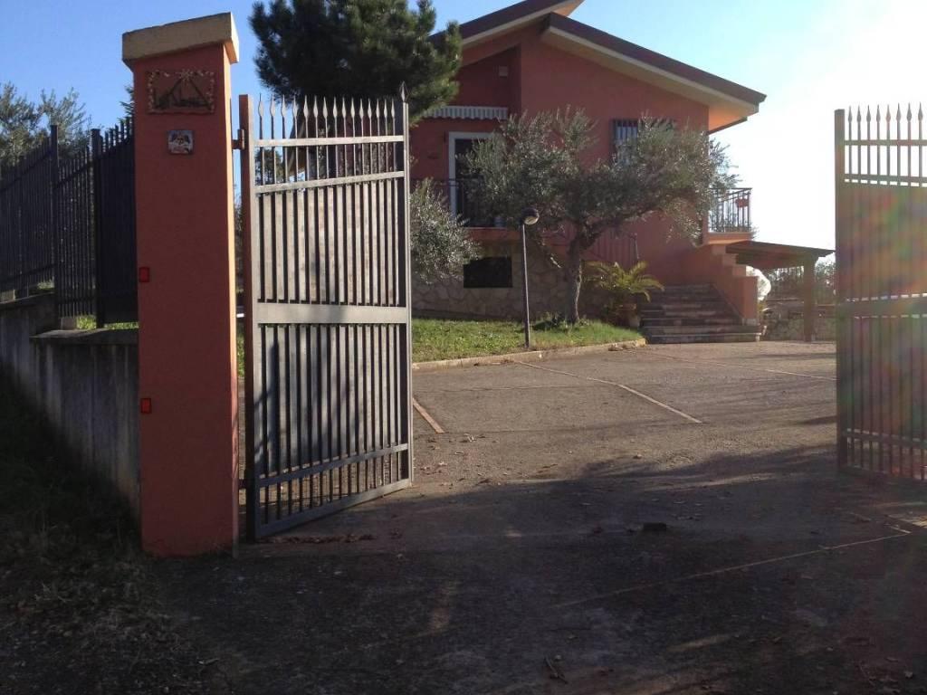 foto  Villa Strada Statale 19 87, Castrovillari