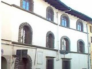 Foto - Palazzo / Stabile via Umberto I 41, Borgo a Mozzano