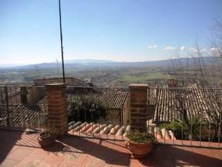 Foto - Rustico / Casale via San Margherita Torre 1, Spello