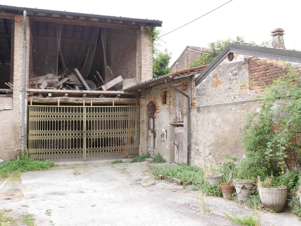 foto  Country house via San Giorgio, Pumenengo