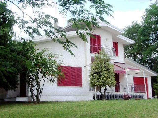 foto  Villa via Perleto, Carezzano