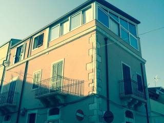 Foto - Palazzo / Stabile via portosalvo 6, Ragusa