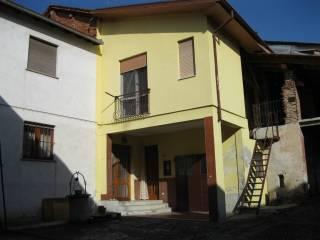 Foto - Palazzo / Stabile due piani, da ristrutturare, Fara Novarese