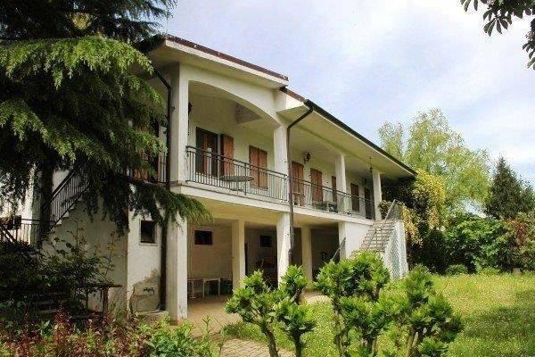 foto  Villa via Roma 2, Tonco