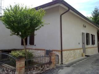 Foto - Villa, buono stato, 120 mq, Tossicia