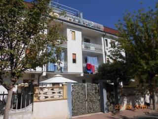 Foto - Trilocale angolo via Togliatti 1, Marina Di Pietrapaola, Pietrapaola
