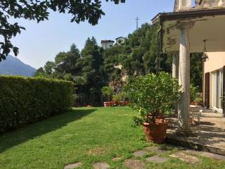 Photo - Single family villa via Giuseppe Bianchi, Moltrasio