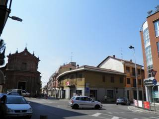 Foto - Palazzo / Stabile via Giovanni Battista Gandino 1, Bra
