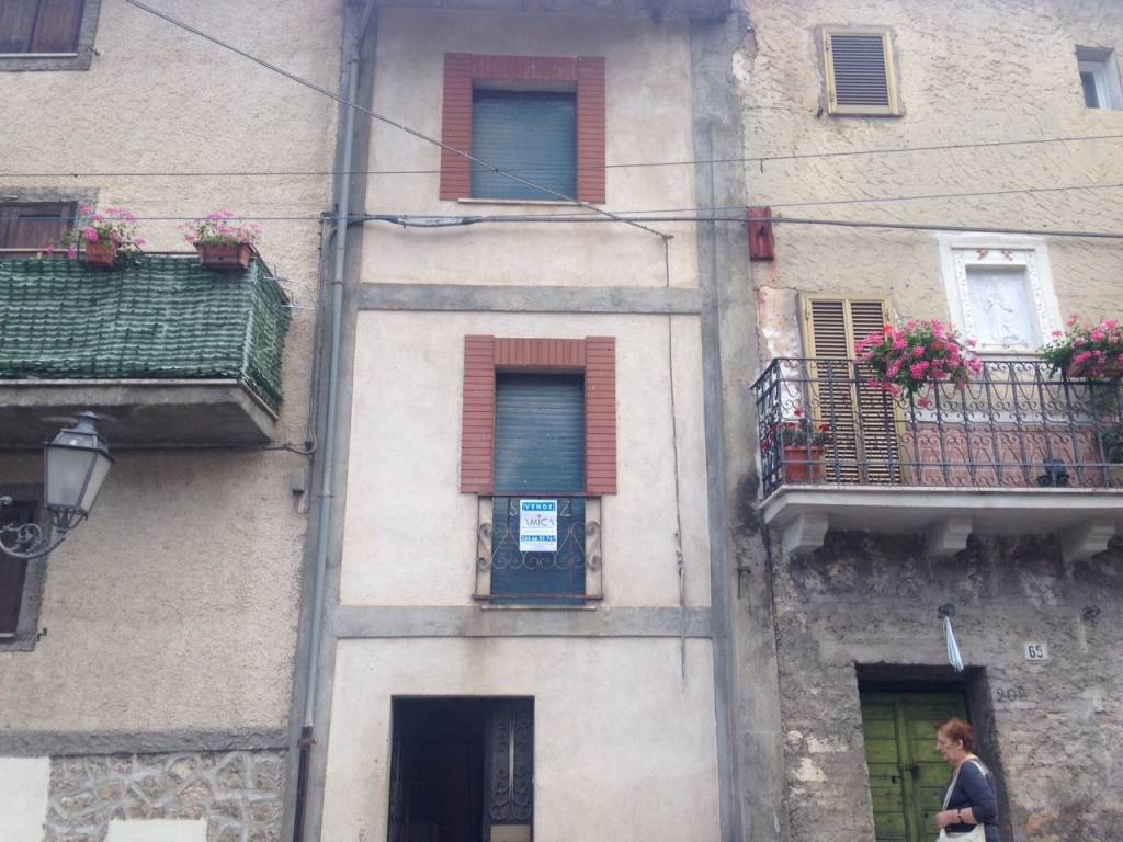 foto  Casa indipendente via Roma, Villavallelonga