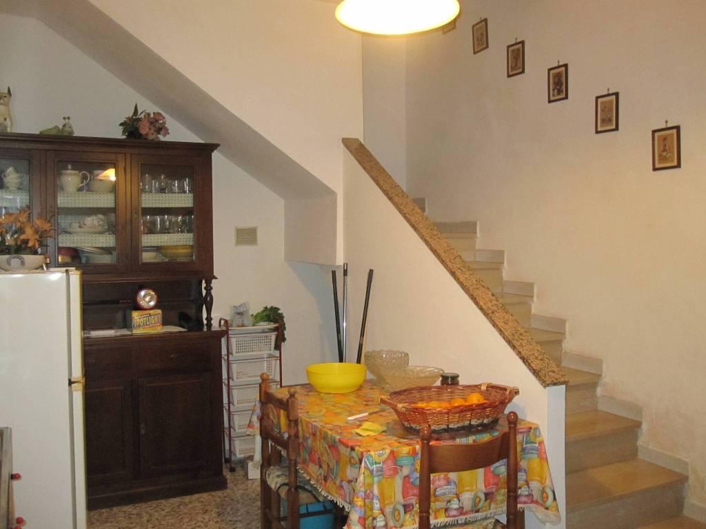 foto  Landhaus, guter Zustand, 80 m², Sellano