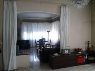 Foto - Palazzo / Stabile due piani, buono stato, Legnano