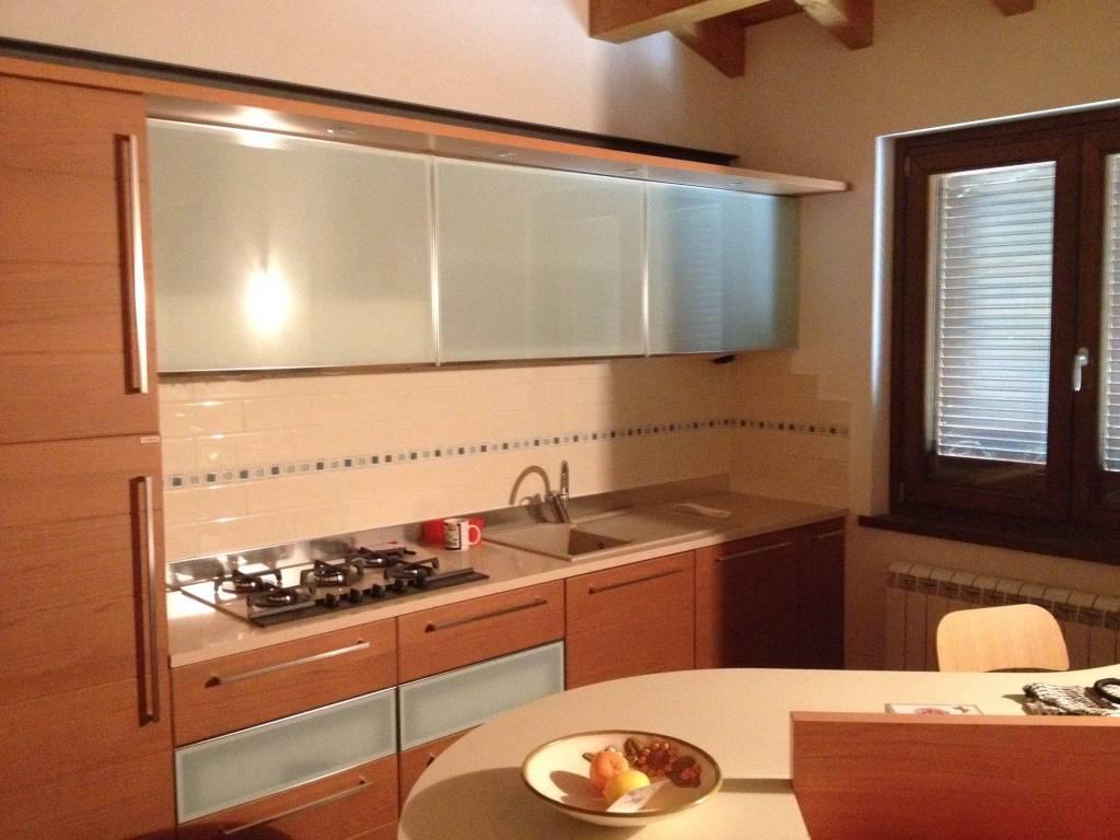 foto  Appartamento via XXV Aprile 5, Costa Volpino