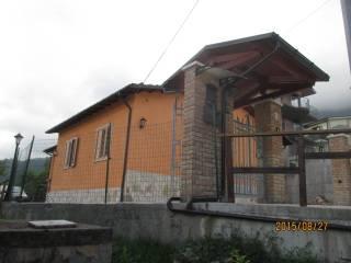 Foto - Casa indipendente Strada Provinciale 63 89, Isola Del Gran Sasso D'Italia