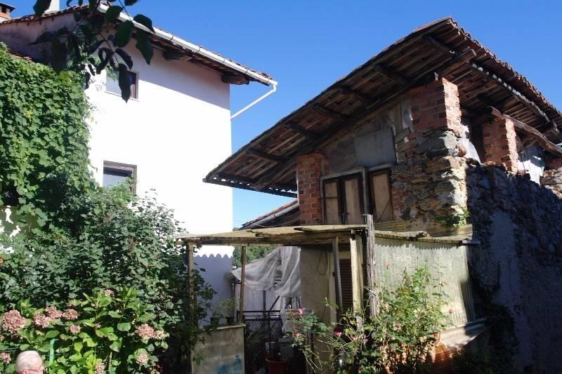 foto esterno Detached house via Torino, Val di Chy