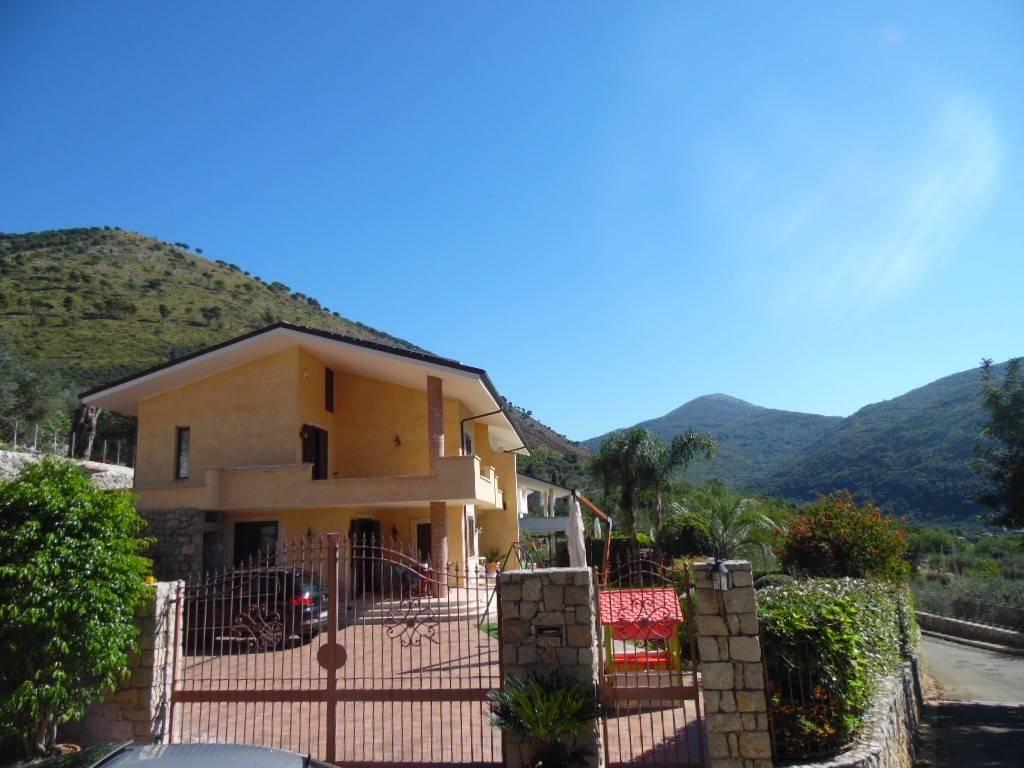 foto  Villa via Ripa, Fondi