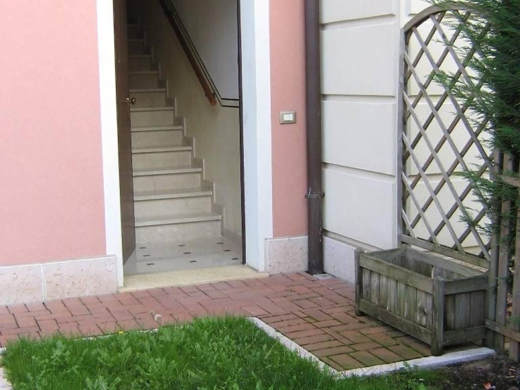 foto  Bilocale nuovo, primo piano, Erbè