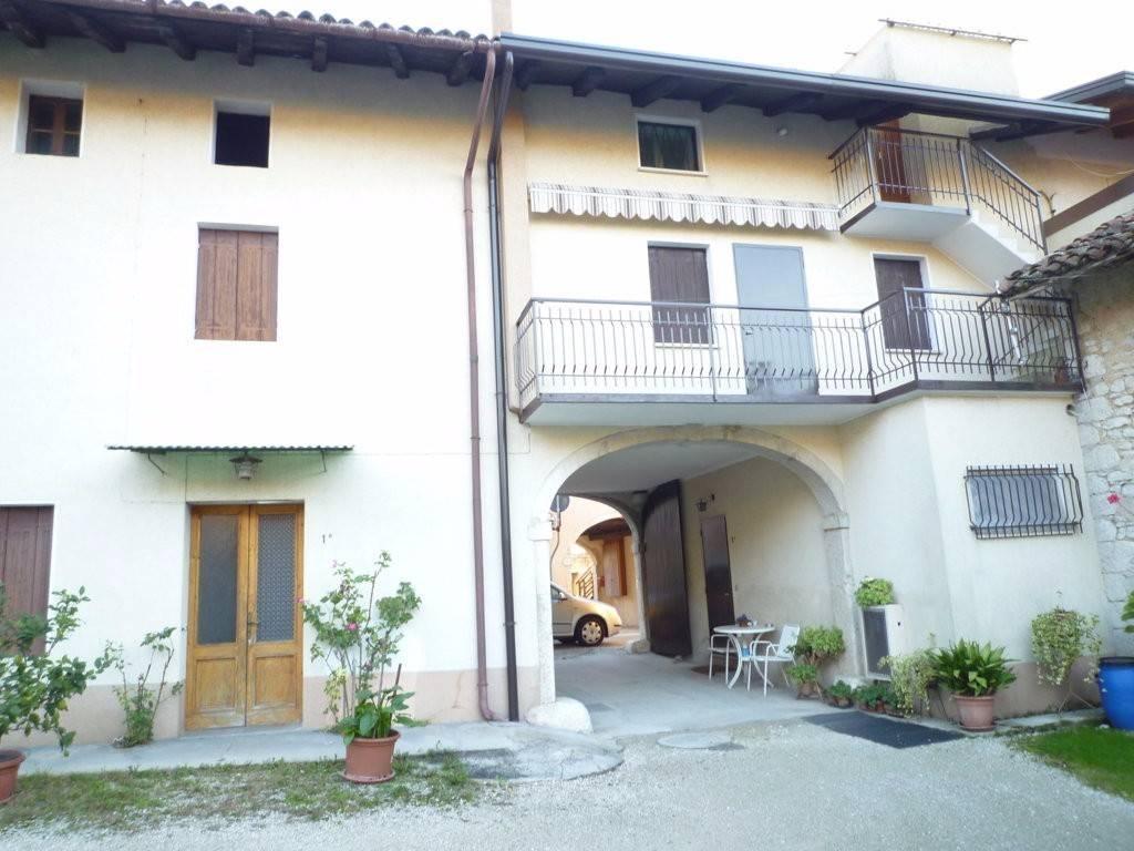 foto  Rustico / Casale via Lunga 10, Budoia