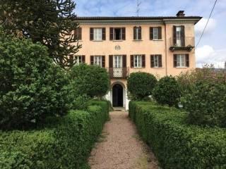 Foto - Palazzo / Stabile tre piani, buono stato, Serravalle Sesia