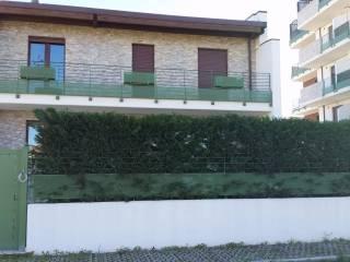 Foto - Villetta a schiera, nuova, Sambuceto, San Giovanni Teatino