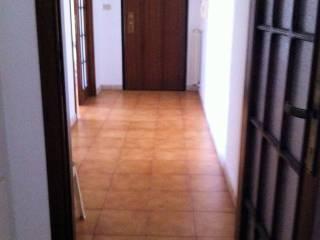 Foto - Quadrilocale buono stato, terzo piano, Madonna del Fuoco, Pescara