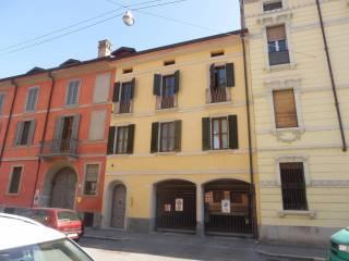Foto - Quadrilocale via XI Febbraio 20, Centro città, Cremona