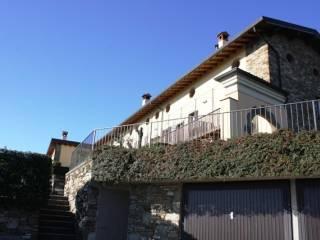Foto - Casa indipendente via San Benedetto, Gronfaleggio, Pontida