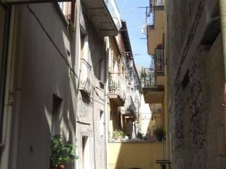 Foto - Stabile o palazzo tre piani, buono stato, Itri