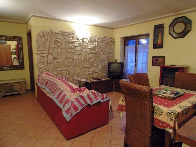 foto interno 3-room flat corso Umberto I 4, Noasca