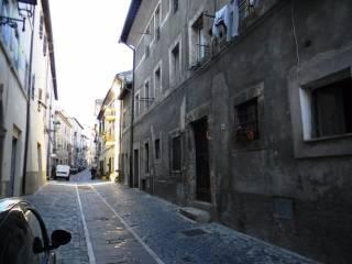 Foto - Appartamento via Annibal Caro 32, Tolfa