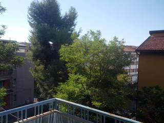 Foto - Quadrilocale via Fratelli Cervi 23, Piazzale Europa, Ancona