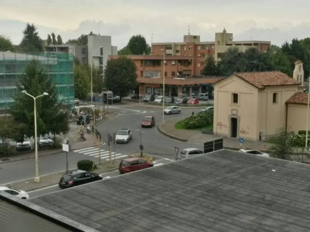 foto  Car box / Garage via Emilia 1, Buccinasco